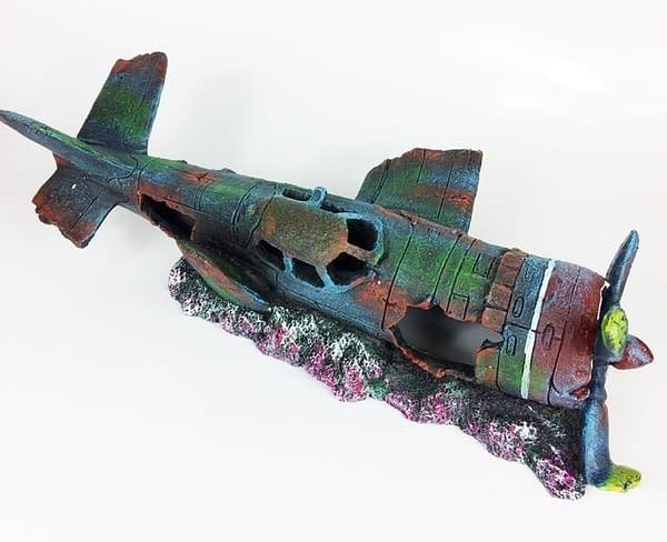 resin fish tank ornament cave aquarium decoration damaged battleplane fighter plane 4